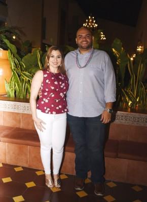 Lourdes Fernández y Roberto Borjas