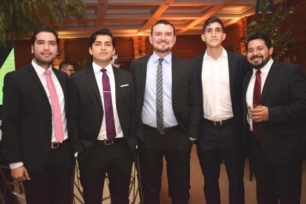 Manuel Leiva, Diego Sikaffy, Antonio Ruiz, Alejandro Facusse y Juan Ángel Welchez.