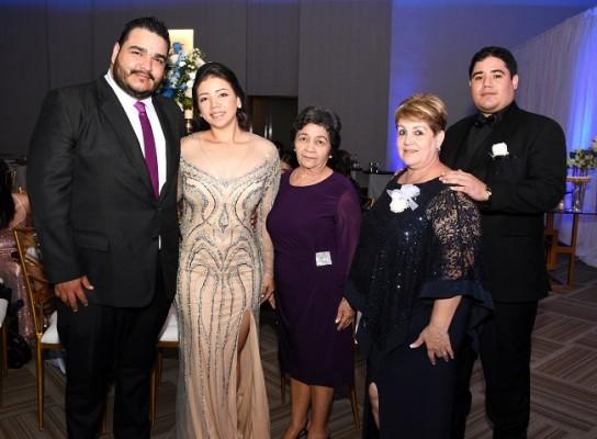 Margarita Benítez, Héctor Ramos, Blanca Luz Rojas, Iris Reyes y Mario Benítez
