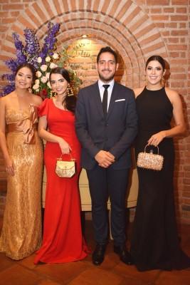Mariana León, Aimee Paz, Pablo Heredia y Michelle Marzan.