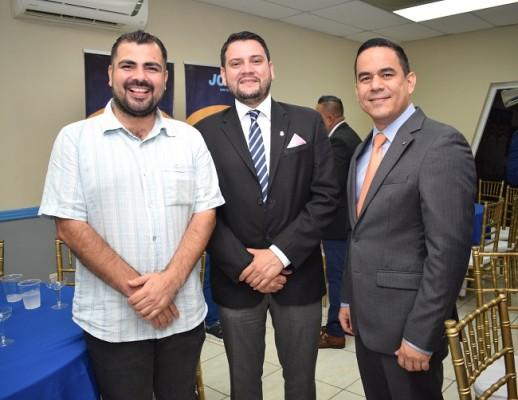 Mauricio Fajardo, Ricardo Paredes y Alex Ulloa