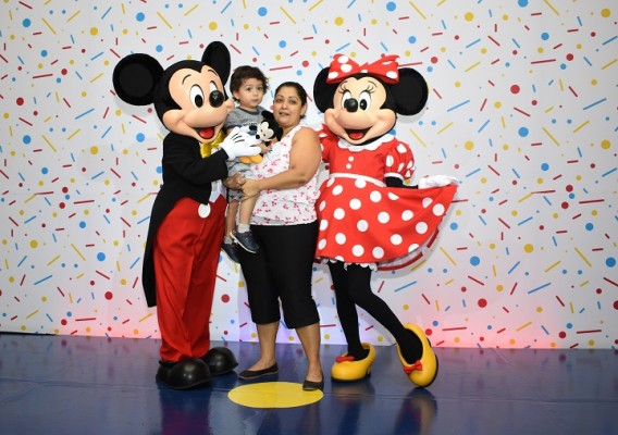 Mickey Mouse-multiplaza 1