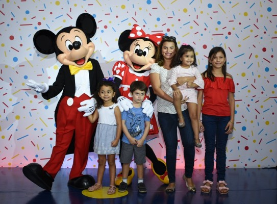 Mickey Mouse-multiplaza 10