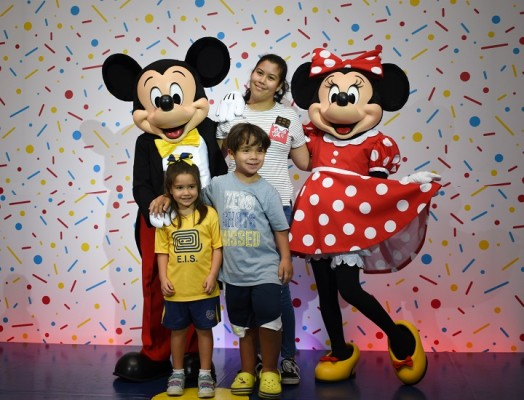 Mickey Mouse-multiplaza 18