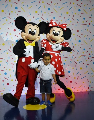 Mickey Mouse-multiplaza 19