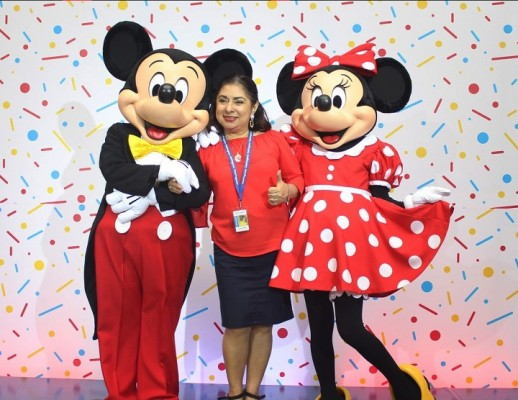 Mickey Mouse-multiplaza 24