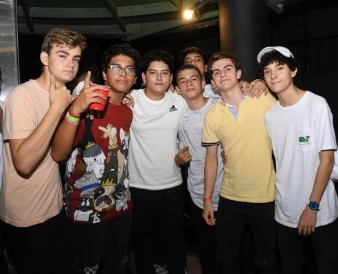 Neon Party EIS 4