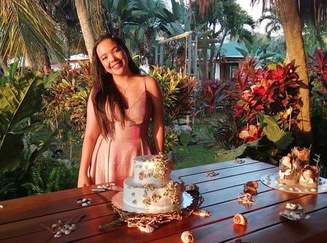 Cálida recepción playera celebrando los 15 años de Gracia Valeria