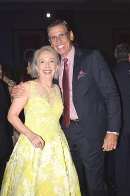 Rebeca de Verdial y Rodolfo Torres Lazo.