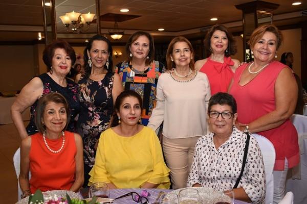 Bertha López, Lorette Kawas, Ana Leyla Sikaffy, Bárbara Salas, Xiomara Rivera, Rosy Méndez, Georgette Andonie, Lima Zgheibra y Marlyn de Rivera