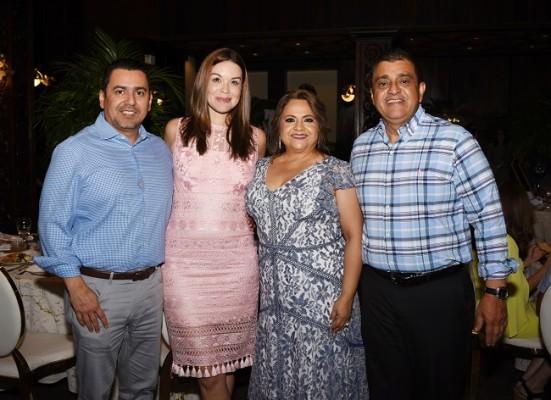 Carlos Ordóñez, Melissa de Ordóñez, Lucy de Ordóñez y Nelson Ordóñez