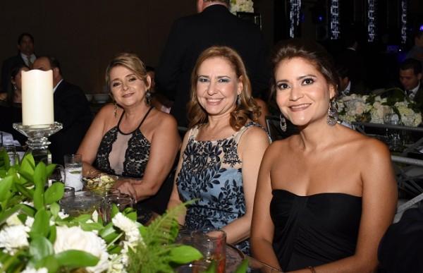Corina Díaz de Boesch, Lisa Fiszman y Rosana Steiner