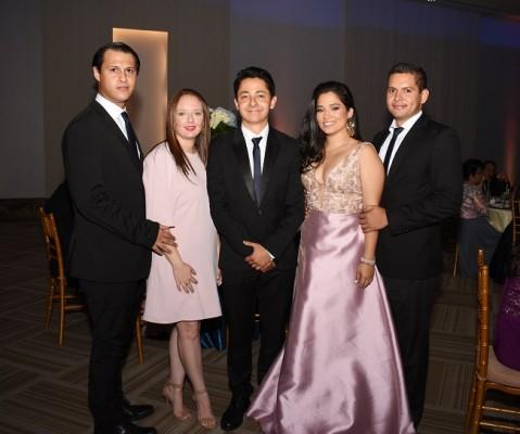 Daniel Cruz, Nohemi Picou, Daniel Brenes, Ana Bados y Kevin McCarthy