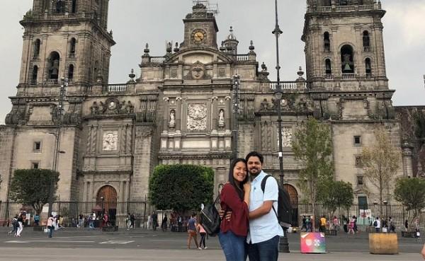 Dennis Chavarría y Claudia Suazo en su inolvidable luna de miel en México