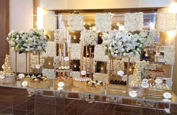 El despliegue de un candy bar que tenía todo para satisfacer los más refinados paladares, estuvo a disposición en la boda Kattán-Salamé