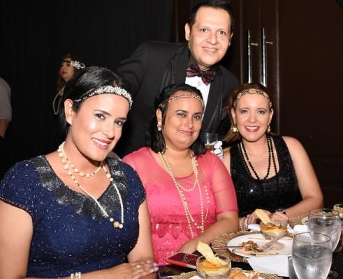 Eugenio Laínez, Denisse Rodríguez, Diana Rodríguez y Darleny Rodríguez