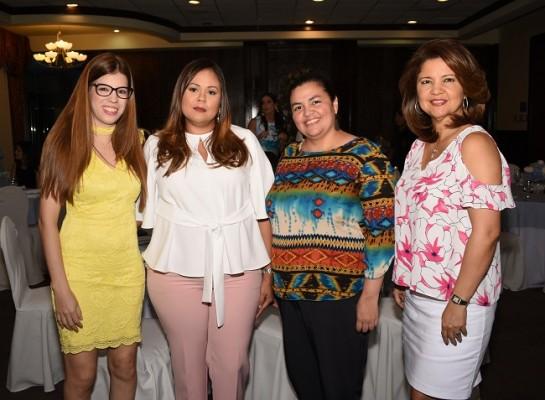 Evelyn Casco, Daniela Boquín, Gabriela Guzmán y Lizeth Miranda