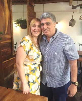 Festeja su cumpleaños Katia Abifaraj amaneció muy festejada por su esposo Tony, sus hijos y muchas amistades