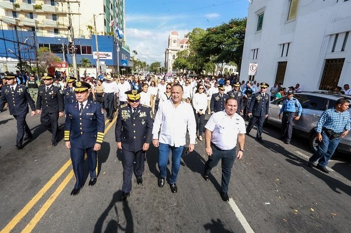 Fuerzas Vivas instan a sampedranos a pensar en positivo para engrandecer la Patria