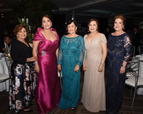 Gloria de Galeano, Suyapa Borrell, Ada Pascua, Delmy de Pitsikalis y Malissa Pineda