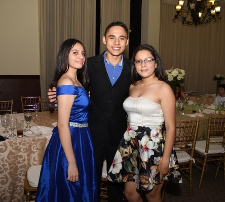 Ilona Orellana, Jairo Cruz y Deborah González