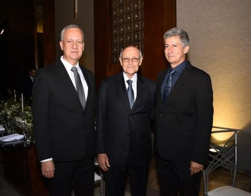Javier Romero, Fernando Álvarez y Gabriel Bustamante