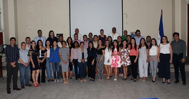 Estudiantes de Derecho de UNAH-VS representan a Honduras en importante congreso en Perú