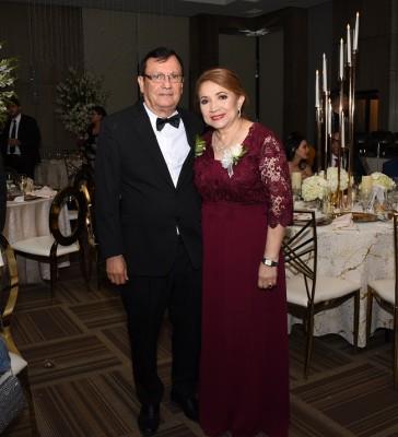 Los padres de la novia, Elizardo Pineda y Rosa María Alarcón de Pineda
