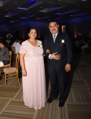 Los padres del novio, Nazaria Aguilera y Carlos Chavarría