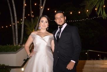 La boda civil de Gloria y Manuel…íntima y muy especial