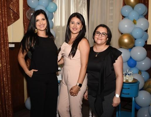 Nancy Paredes, Norely Espinoza y Kathy Zúniga