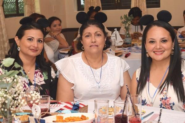 Nohelia Villamil, Sijam Andonie e Irina Sabillón.