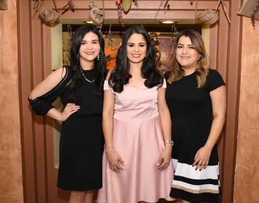 Patricia Orellana, Alejandra Herrera y Marcela Herrera