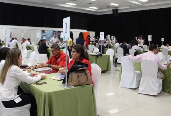 Empresarios y altos ejecutivos participan en la octava Rueda de Negocios Multisectorial en la CCIC