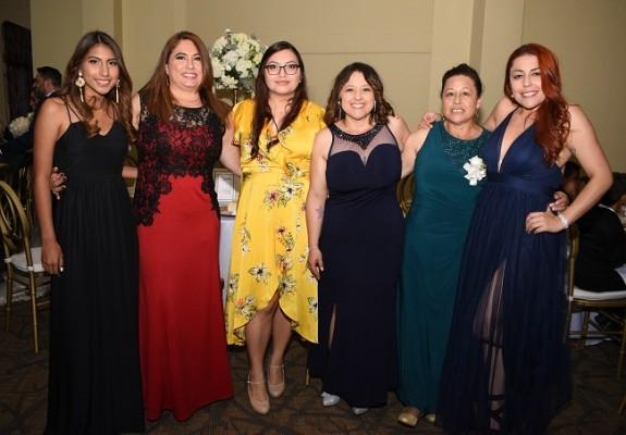 Ana López, Karla de López, Karla Paz, Katherine García, Adelina Mora y Alejandra García