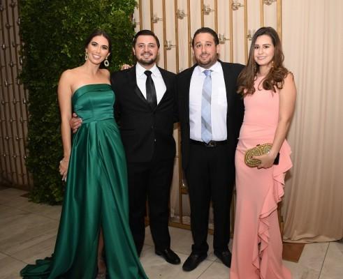 Angie Andonie, Constantino Pineda, Rodrigo Pineda y Angélica Gallardo