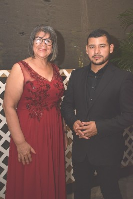 Billy Ibarra y Leonor Alejandra Castro.