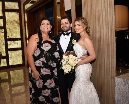 Brenda Ramos, Bechir Bendeck y Lilian Pineda