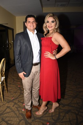 Carlos Arturo Faraj y Gissel Bonilla