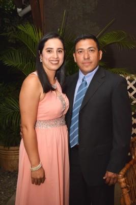 Darly Yadira Mejía y Hipólito Martínez.