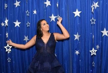 El debut de una brillante quinceañera en una noche bajo las estrellas