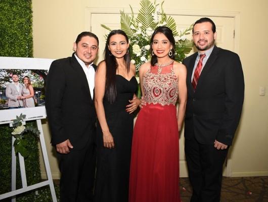 Guillermo Roque, Gloria Urbina, Melissa Cruz y Jorge Matute