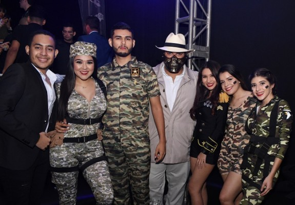 José Machado, Jenny Maldonado, Felipe Peña, Marco Lemus, María José Sauceda, Alessia Galindo y Nahara Mole