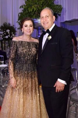 Los padres de la novia: Bishara Maalouf y Malake Maalouf de Maalouf.
