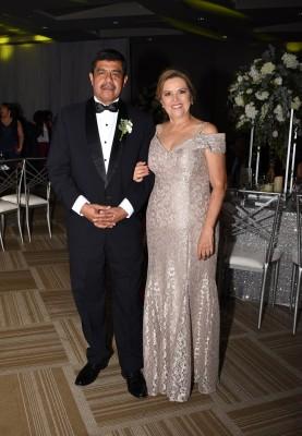 Los padres de la novia, Lourdes Mancía y Héctor Navarro