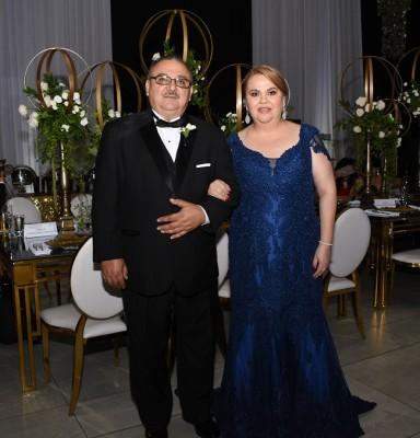 Los padres de la novia, Manuel Castellanos y Dunia Chinchilla de Castellanos