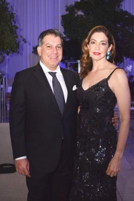 Mateo y Mónica Yibrín.