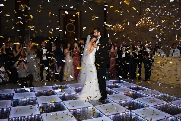 """Melanie y Gamal bailaron su primera melodía como esposos al son de """"All of You"""""""