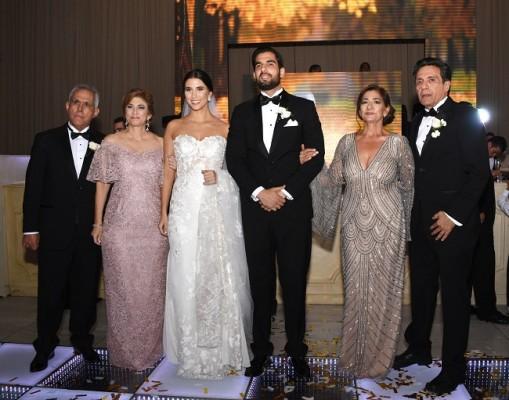 Schucry Andonie y Yadira Yuja de Andonie, junto a su bella hija, Melanie Andonie Yuja, Gamal Nazar Soliman con sus padres, Julliette Soliman de Nazar y Elías Nazar.