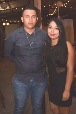 Sindy Alegría y Christian Castro.